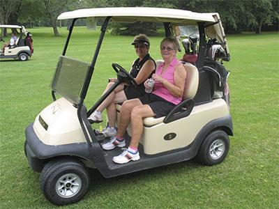 Golf-ladies-carting