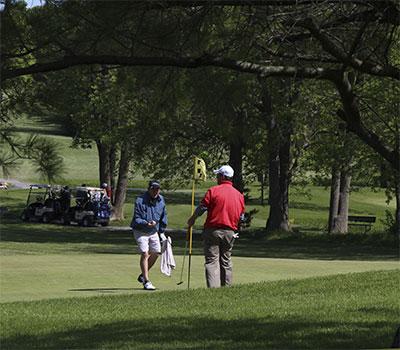 Golf-putt-5