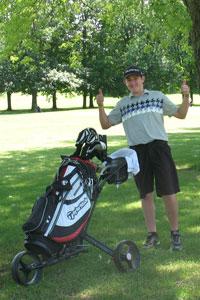 Junior-golfing