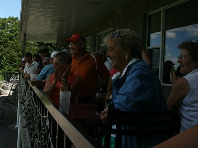 Golf-crowd-1