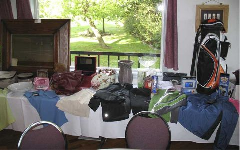 Golf-prize-table