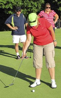 Golf-putt-2-1
