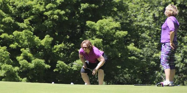 Golf-putt-3